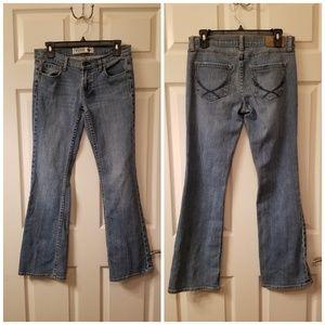 Victoria Secrets Pink Jeans Size 6 Boot Cut
